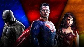 Batman Superman Wonder Woman}