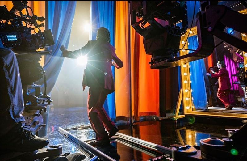 Joaquin Phoenix as Joker backstage dancing
