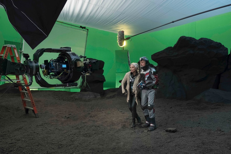 Michael Douglas and Michelle Pfieffer on Ant-Man and the Wasp set