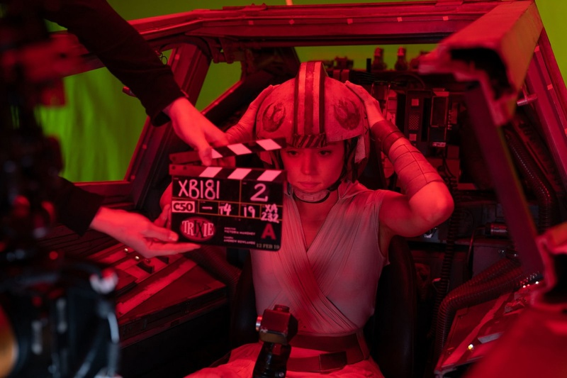 Daisy Ridley prepares to pilot an X-wing as Rey