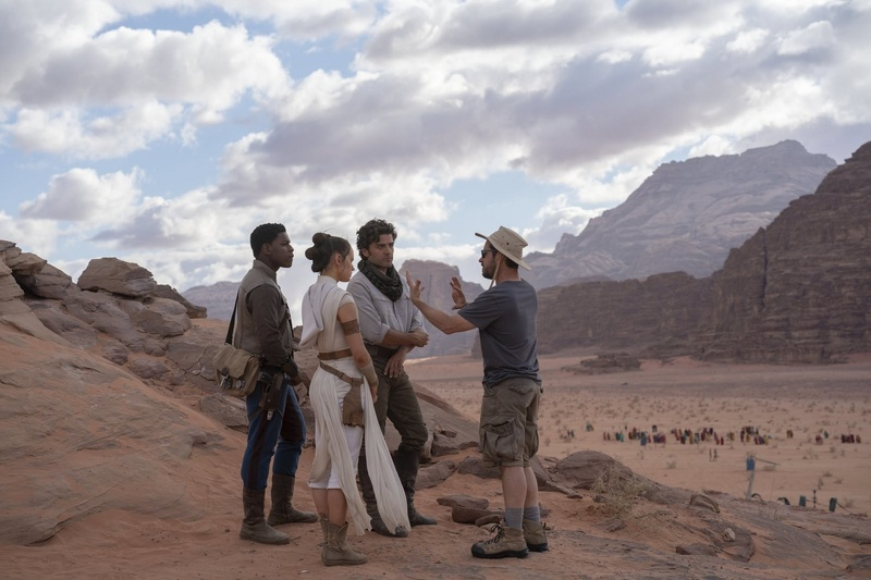 JJ Abrams with John Boyega, Oscar Isaac, and Daisy Ridley