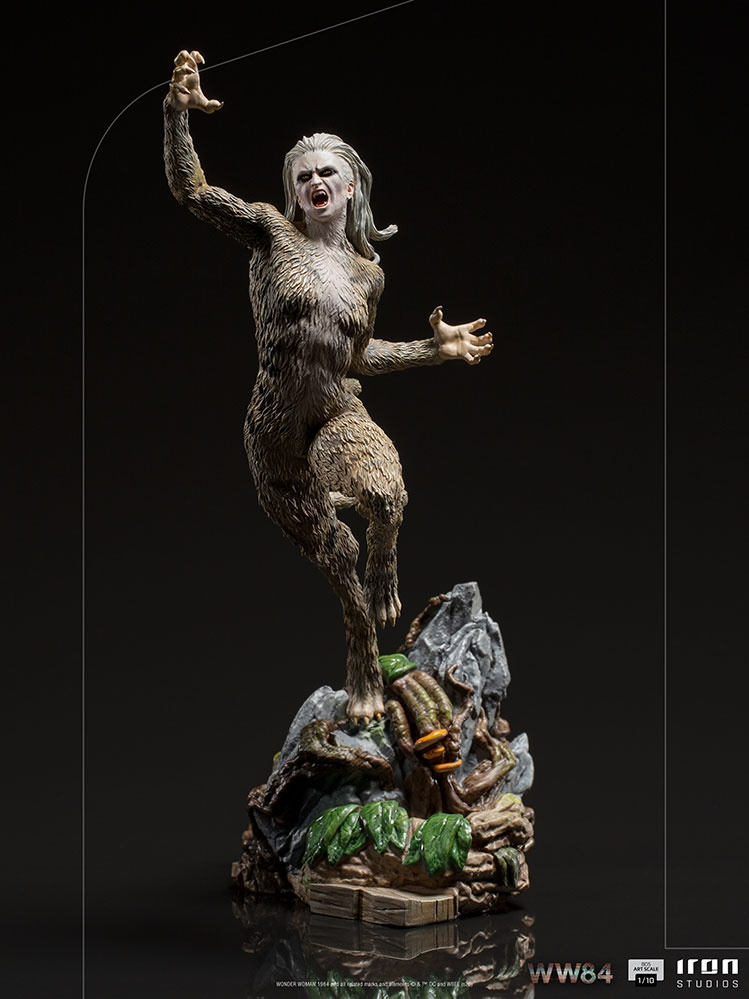 Cheetah Collectible Figure from Iron Studios