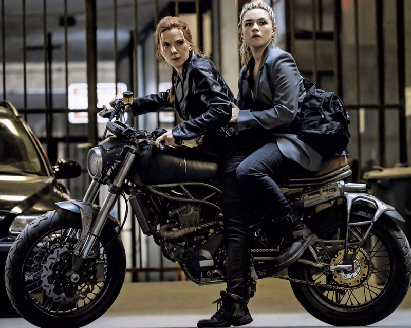 Scarlett Johansson and Florence Pugh in action for Black Widow.