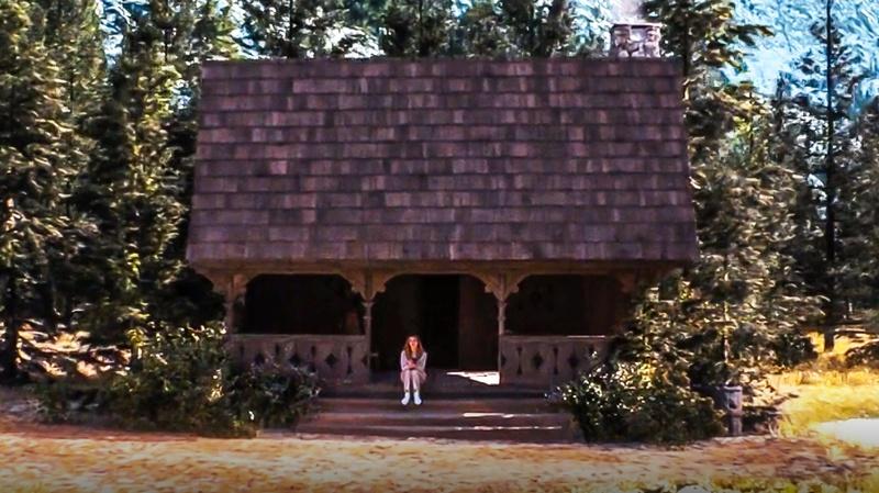 WandaVision cabin